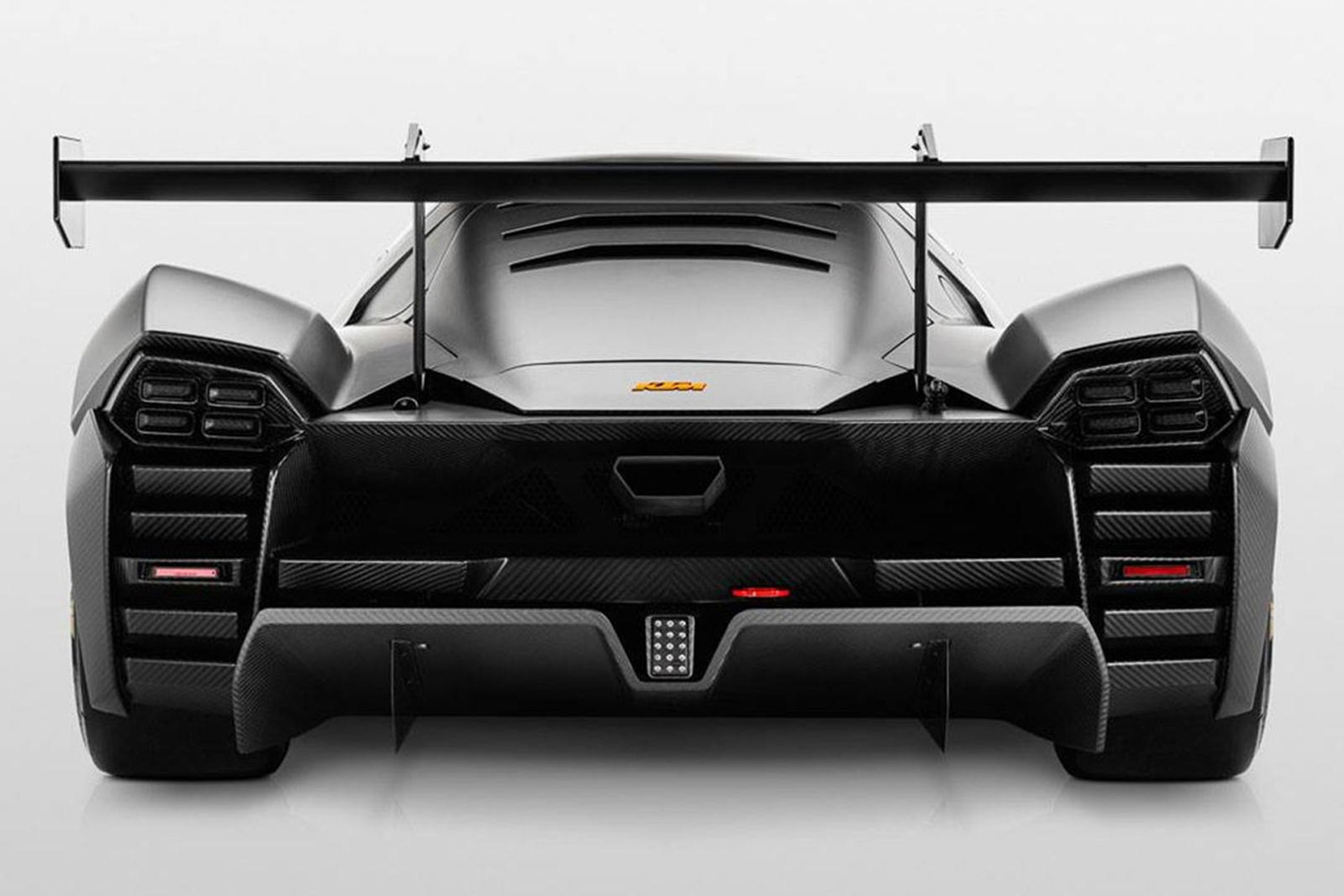 2021-ktm-x-bow-gtx-race-car_100765304_h