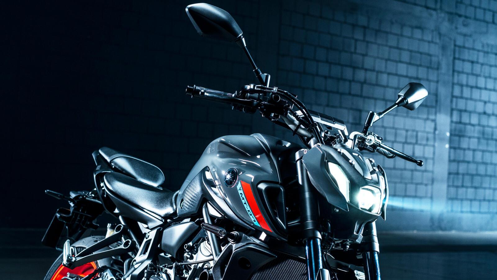 Yamaha-MT-07-my2021-16