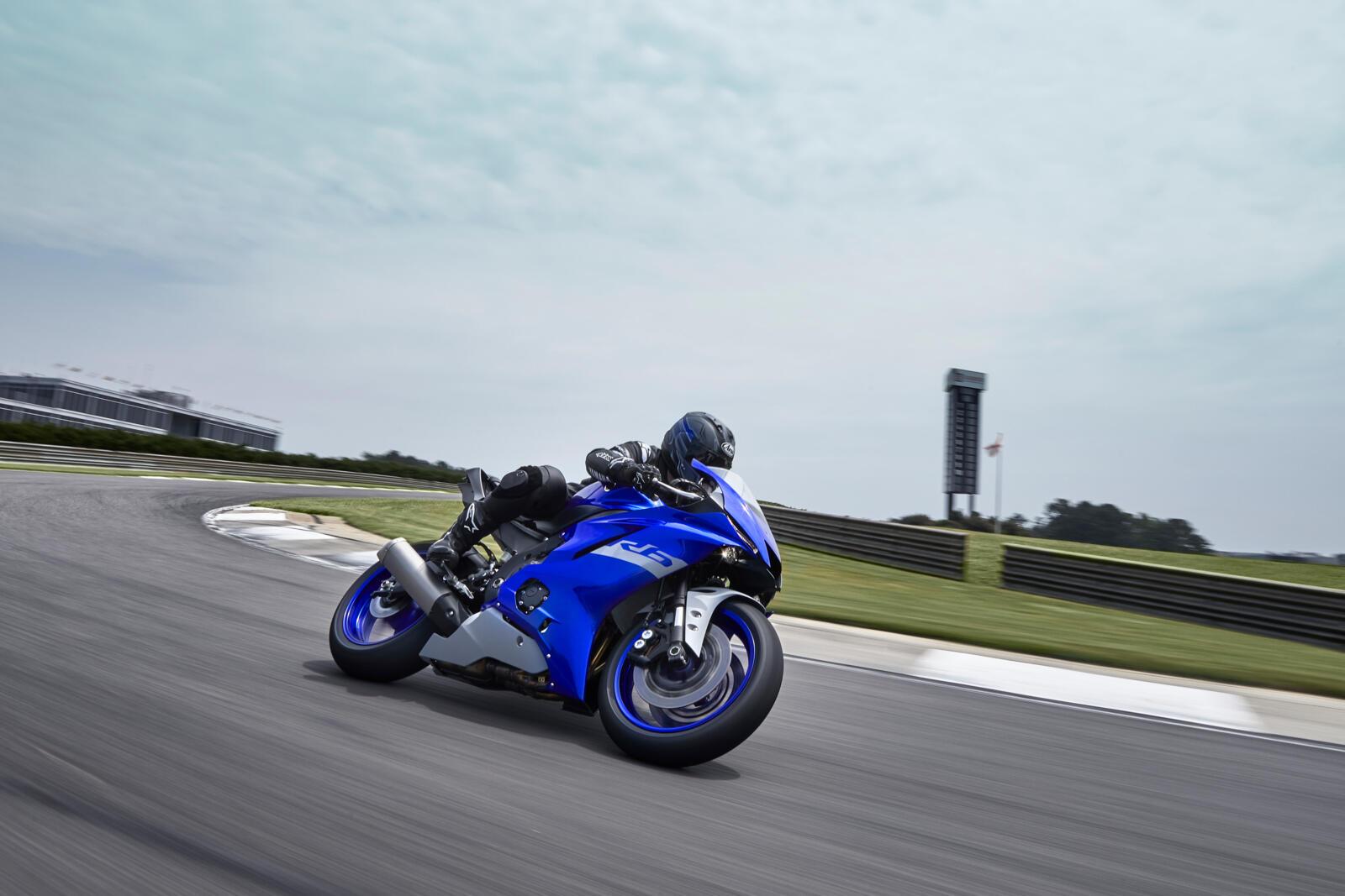 Yamaha-R6-Race-2021-2