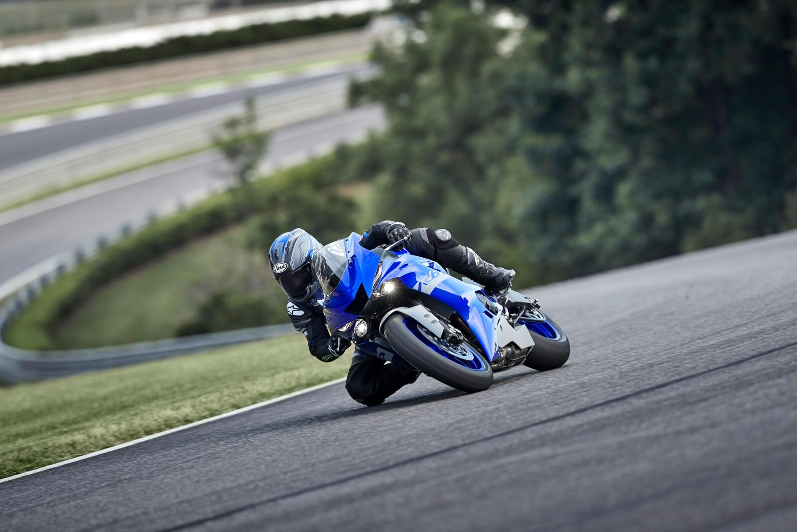 Yamaha-R6-Race-2021-3