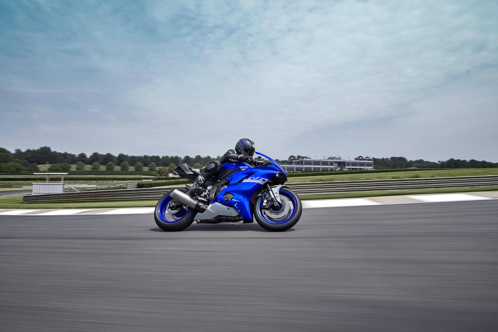 Yamaha-R6-Race-2021-4