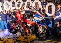 BMW Motorrad celebra i 50 anni (e la 3.000.000 moto) dello stabilimento di Berlino.