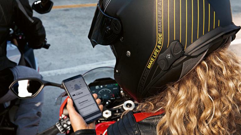 BMW nuovi prodotti per viaggiare connessi