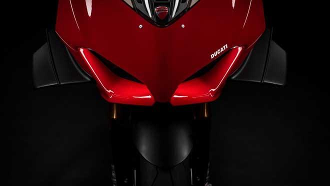 """Ducati Project 1708 le prime notizie ufficiali della """"Superleggera"""" V4"""