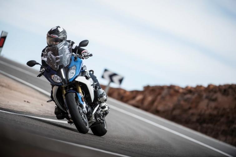 Si torna a usare la moto: e se i motociclisti stupissero tutti?