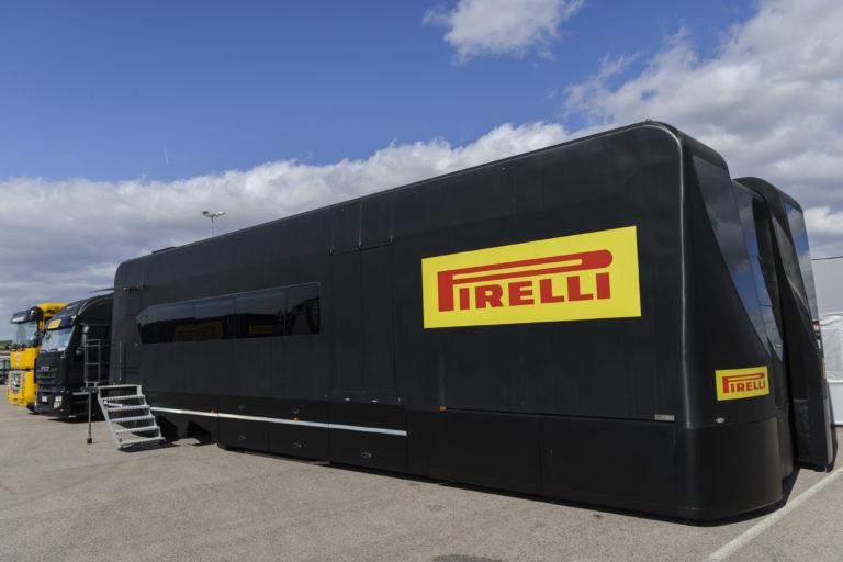 Pirelli e FIM Superbike ripartono a Jerez