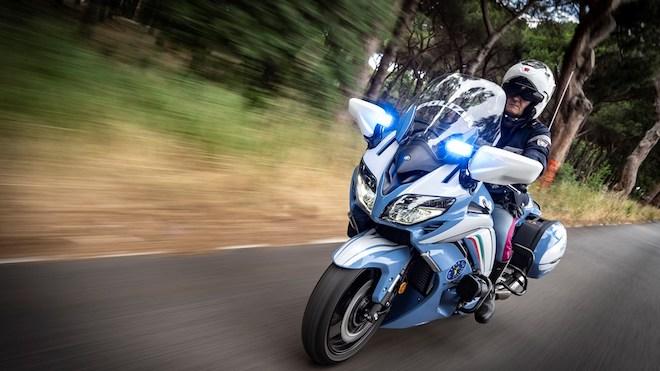 Yamaha Motor fornisce alla Polizia Di Stato le nuove FJR1300AE