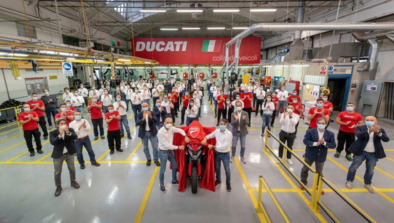 Ducati Multistrada V4, prima moto al mondo con il radar di serie