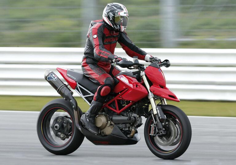 Preparazione moto da pista, guida per inesperti