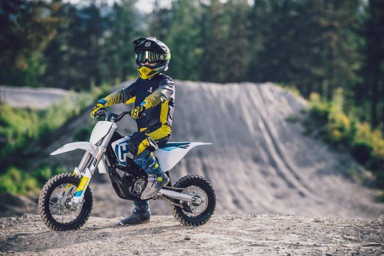 Husqvarna EE5 per il primo campionato elettrico minicross